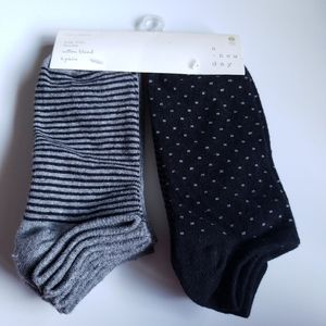 New A New Day 6 Pair of Socks Different Patterns